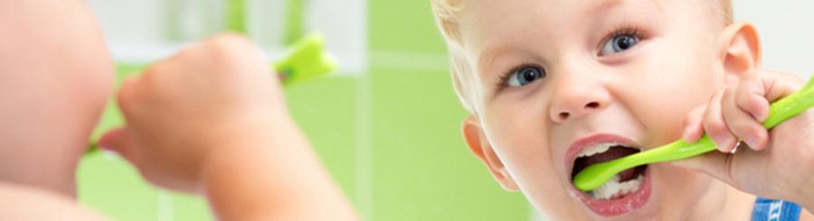 Cómo cuidar los dientes de sus hijos